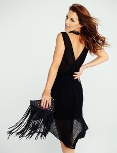 Vestido negro frunce cintura bajo asimétrico de BLANCO2
